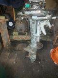 Лодочный мотор ветерок. Фото 1.