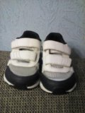 Кроссовки adidas. Фото 3.