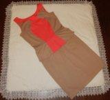 Платье с баской. Фото 2.