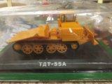Модельки тракторов. Фото 2.