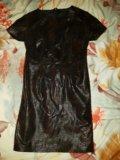 Плотное платье. Фото 2.