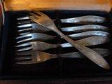 Маленькие мельхиоровые вилочки. Фото 2.