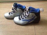 Ботинки лыжные 35 р-р. Фото 1.