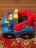 Машинка mega bloks. Фото 1.