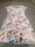 Платье с цветами. Фото 1.