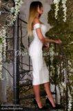 Бандажное платье белого цвета. Фото 2.