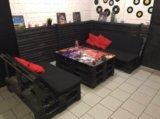 Оригинальные столы и диваны. Фото 3.