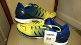 Кроссовки adidas мужские для игры в волейбол. Фото 4.