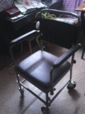 Кресло-каталка. Фото 3.