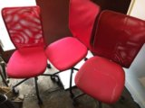 3 стула на колесиках. Фото 1.