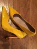 Женская новая обувь. Фото 1.