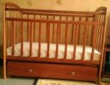 Детская кроватка маятник. Фото 1.