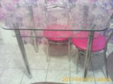 Стол и 4 стула. Фото 1.