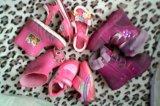 Вещи и обувь на девочку. Фото 2.