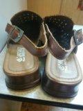 Женские сандалии. Фото 2.