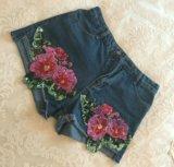 Женские джинсовые шорты. Фото 3.