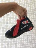 Новые детские ботинки. Фото 3.