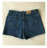 Женские джинсовые шорты с вышивкой. Фото 2.