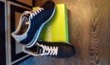 Новые кроссовки adidas. Фото 3.