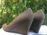 Туфли женские на танкетке замшевые. Фото 1.
