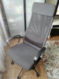 Рабочее кресло, с высокой спинкой из икеи. Фото 2.
