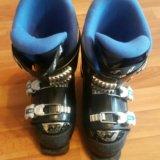 Детские горнолыжные ботинки. Фото 1.
