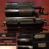 Старинная немецкая счетная машинка 30х walther. Фото 1.