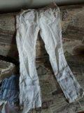 Джинсы и льняные брюки. Фото 4.