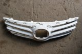 Решетка радиатора toyota avensis iii. Фото 1.