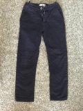 Черные брюки / джинсы / штаны р.128 / 8 лет. Фото 1.
