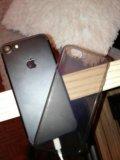 Айфон 7 на 128гб. Фото 1.
