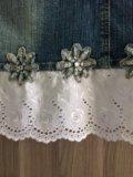 Джинсовая юбка с шитьем. Фото 2.