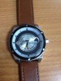 Часы новый. Фото 4.
