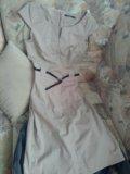 Платье в отличном состоянии, пятен нет- блик камер. Фото 2.
