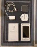 Iphone 5s (золотой). на гарантии. Фото 1.