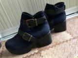 Демисезонные ботинки. Фото 1.