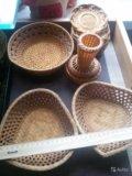 Набор плетеной посуды. Фото 1.