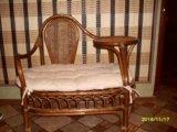 Плетенный диванчик из лозы. Фото 1.
