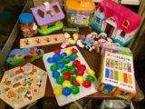 Развивающие игрушки много. Фото 3.