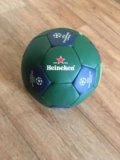 Новый футбольный брендированный мяч. Фото 1.