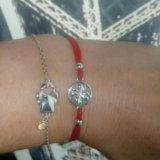 Браслет красная нить, соколов и браслет с девочкой. Фото 1.