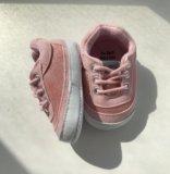 Новые пинетки-кроссовки. Фото 3.