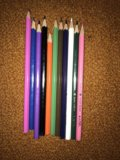 Набор цветных карандашей adel. Фото 1.