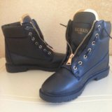 Женские зимние ботинки. Фото 1.