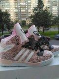 Новые!!!высокие кроссовки adidas. Фото 1.