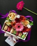 Живые цветы в подарочной упаковке. Фото 2.