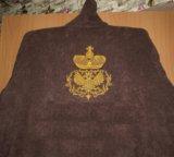 Мужской махровый халат с вышивкой на спине. Фото 1.
