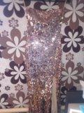 Потрясающие платье. Фото 2.