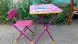Детский стол и стульчик. Фото 1.