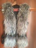Меховая жилетка чернобурка. Фото 1.